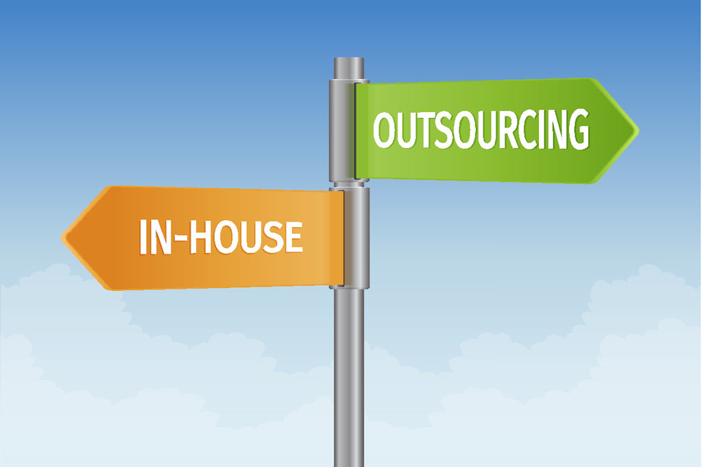 Astounding 4 Advantages Of Outsourcing Payroll Evolution Hcm Download Free Architecture Designs Licukmadebymaigaardcom